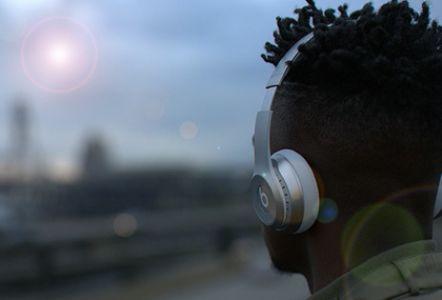 Beats Solo2 Wireless无线蓝牙运动耳麦