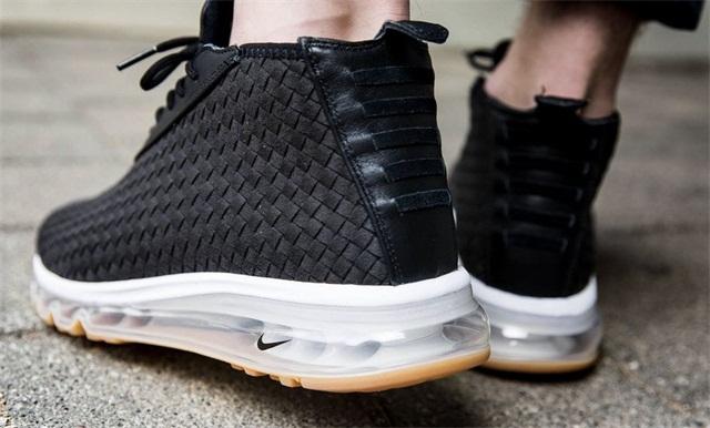 Nike Air Max Woven Boot 推出全新「Black/Gum」配色,小勾诱惑!