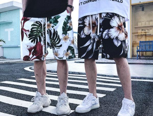 CONK LAB夏日花卉短裤.jpg