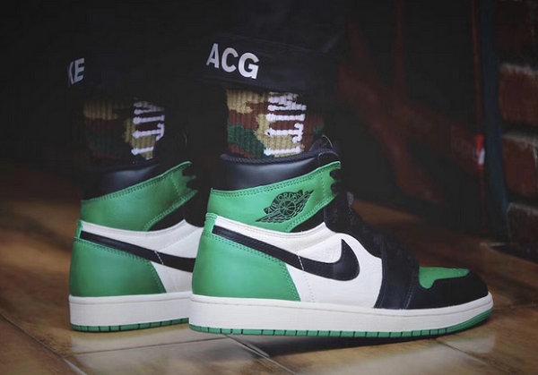 AJ1 Pine Green.jpg
