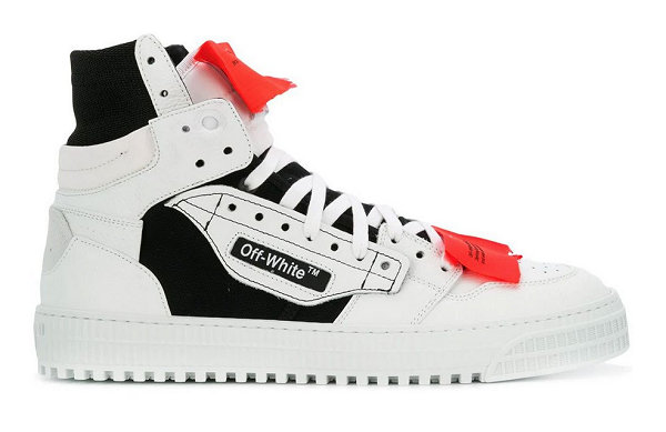 OFF-WHITE为自家鞋款OFF-COURT先后更新「驼绒」「黑白」两大配色!