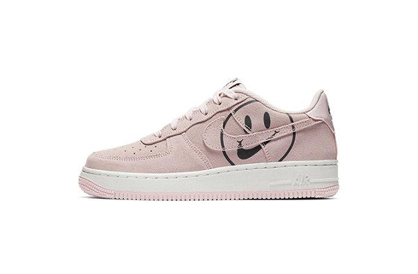 """女生专属?Nike Air Force 1 鞋款""""Have A Nike Day""""系列上架~"""