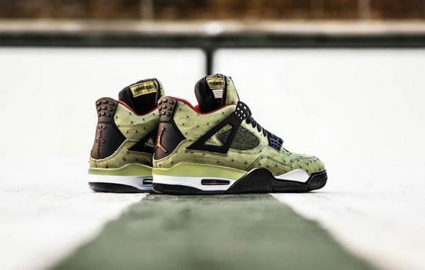 Travis Scott x Air Jordan 4 联乘鞋款奢华版上架发售!