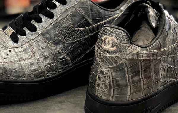 Nike Air Force 1 x Chanel 全新联名鞋款1.jpg