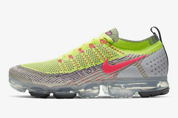 酷似 What the!Nike Air VaporMax Flyknit 2.0 鞋款鸳鸯装扮现身!