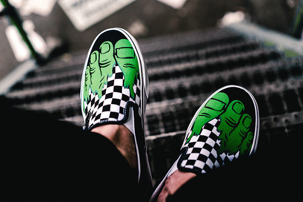 Vans x Marvel 动漫联名鞋.jpg