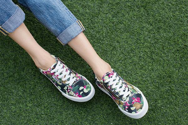 小众潮流帆布鞋品牌Tweak.jpg