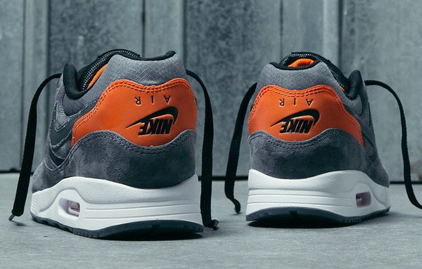 鲜亮的橙色点缀!size x Nike 全新联名 Air Max Light 鞋款曝光!