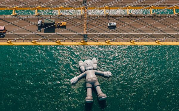 """""""KAWS:HOLIDAY""""香港站展览,震撼场面惊喜连连~"""
