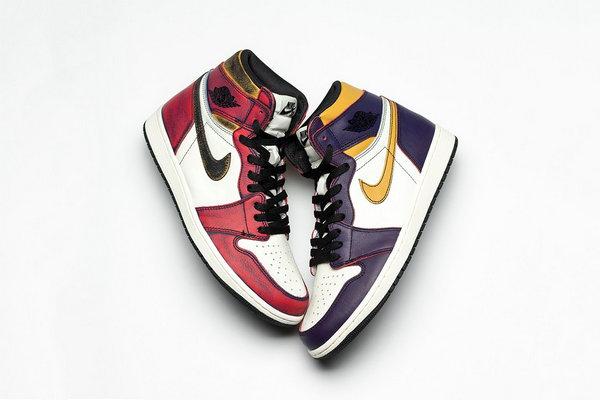 新旧配色大比拼!Nike SB x Air Jordan 1 联名「Chicago」配色释出~