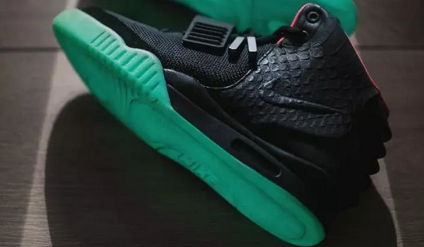 Air Yeezy 1鞋款.jpg