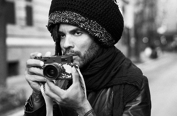 """莱卡 x Lenny Kravitz 联名 M Monochrom""""Drifter""""相机套装限量发售"""