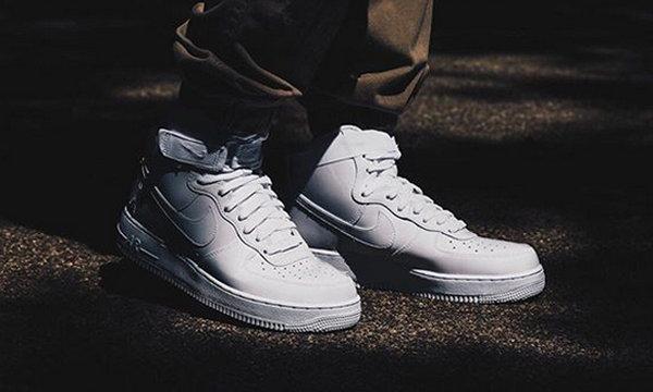 Nike Air Force 1「怒吼天尊」全新漆皮纯白配色球鞋即将开售