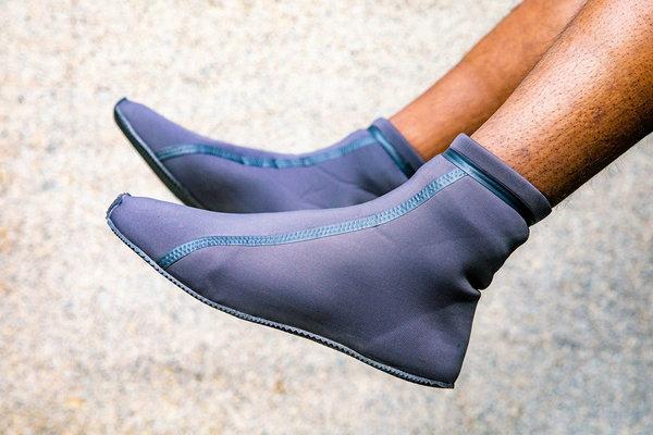 YEEZT Scuba Boots 鞋款1.jpg