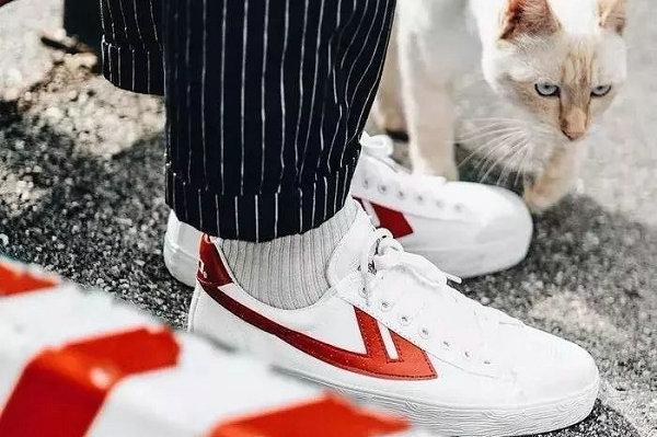 帆布鞋品牌-1.jpg