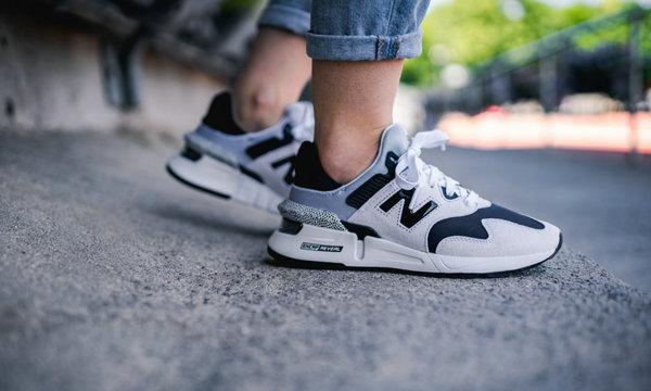 新百伦 997S 鞋款全新女生专属黑白细条纹配色释出