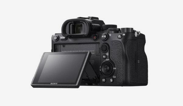 索尼新一代高端全画幅微单相机 A7R4 即将开售,6100 万像素