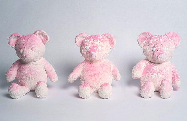 Daniel Arsham 2019 PINK CRACKED BEAR 雕塑即将上市
