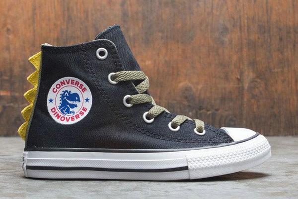 匡威全新 All Star 恐龙童鞋上架发售,酷帅又不失童趣