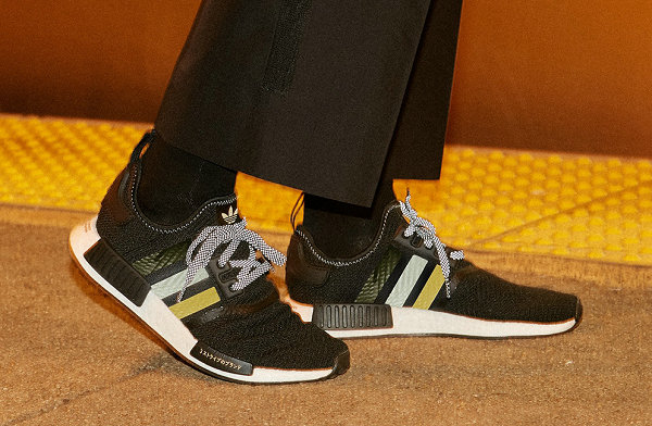 阿迪达斯 x Shoe Palace 联名 NMD R1 鞋款黑金配色上架