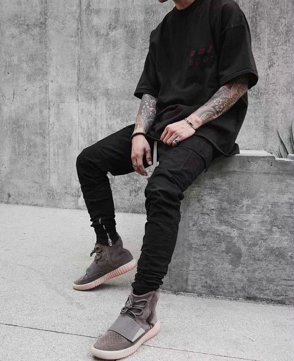 手链搭配 YEEZY 鞋1.jpg