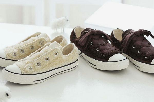 匡威经典鞋款 All Star 全新羊羔绒版本上架发售,激发少女心