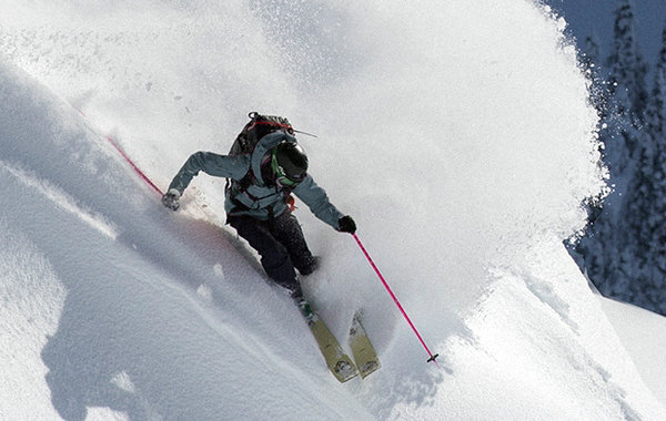 滑雪服装品牌.jpg