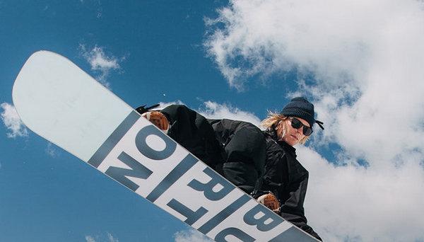 BURTON滑雪服.jpg