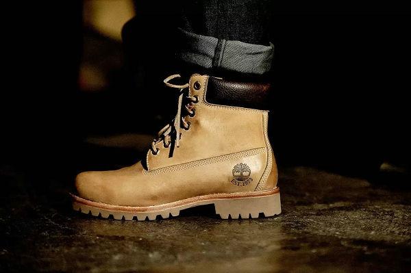 大黄靴搭配牛仔裤-3.jpg