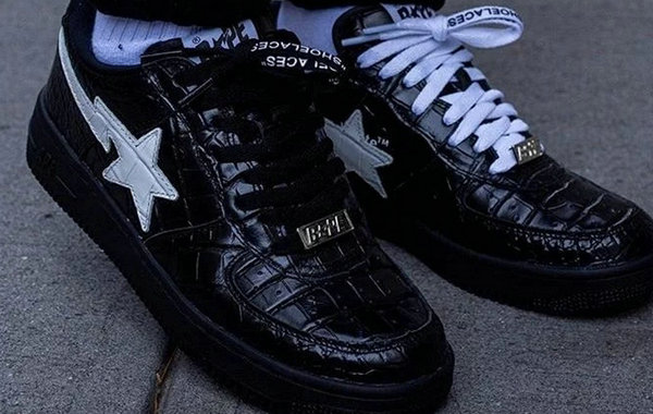 Off-White x Bape 联名 BAPESTA 鞋款释出.jpg