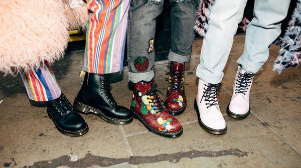 马丁靴买大还是买小?根据你的这几个穿着习惯来选择~