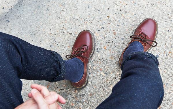 马丁靴买大还是买小——1461马丁鞋.jpg