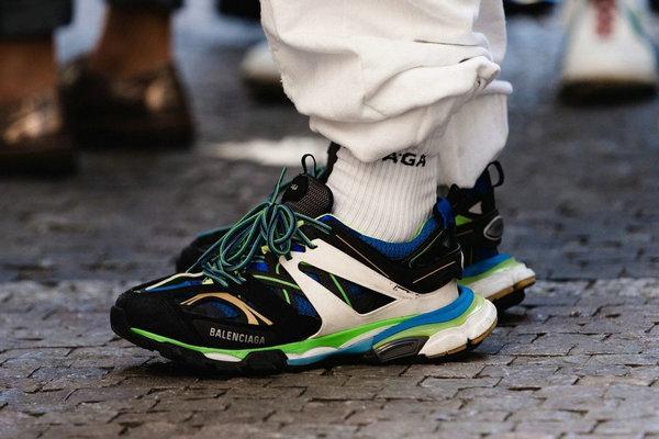 十大运动鞋奢侈品牌-巴黎世家.jpg