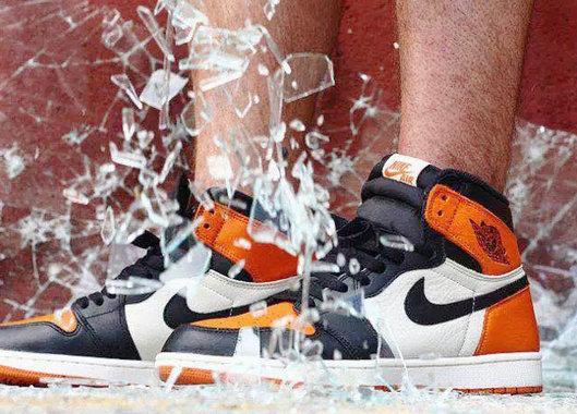AJ 黑扣碎鞋款.jpg