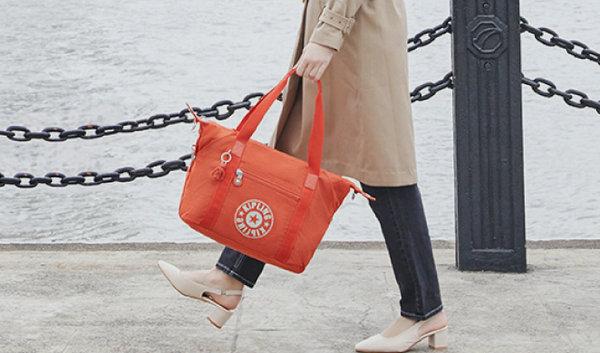 帆布包包品牌大全,这些高档帆布包品牌可满足你的各种需要!