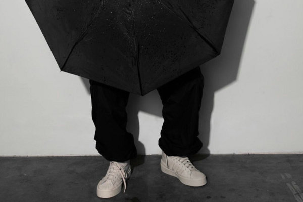 424 x 阿迪达斯三叶草联名鞋款系列官图及发售详情释出
