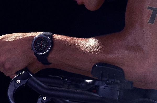 户外运动手表2.jpg