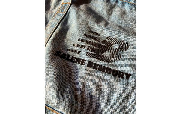 范思哲设计师 Salehe Bembury X New Balance 联名?褪色牛仔布