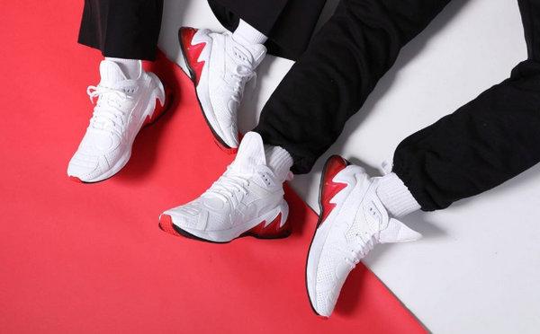 《海贼王》x PUMA 联名 Cell Venom 鞋款发售,反光材质抢眼