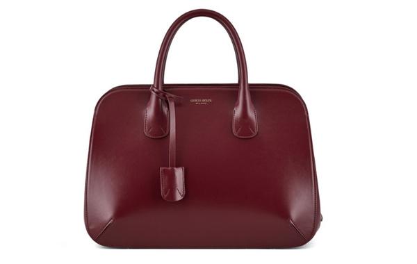 乔治·阿玛尼回归La Prima 经典包袋,明年 1 月日本上架