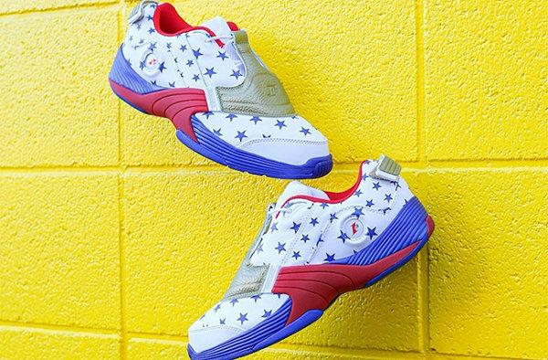 """锐步 Answer V 红蓝""""费城之星""""配色鞋款释出,76 人风格"""