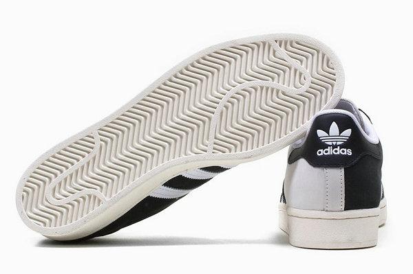 阿迪达斯 Superstar 黑白阴阳配色鞋款释出,50 周年纪念