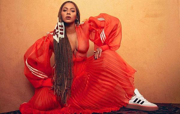 Beyoncé x adidas Ivy Park 联乘鞋款.jpg