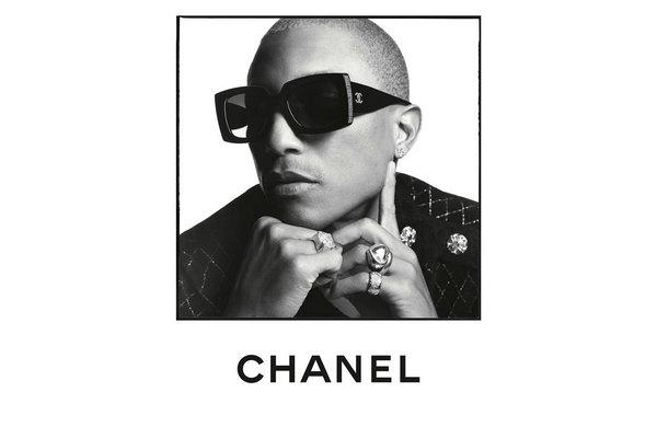 Chanel(香奈儿)2020 春夏眼镜系列赏析,菲董演绎