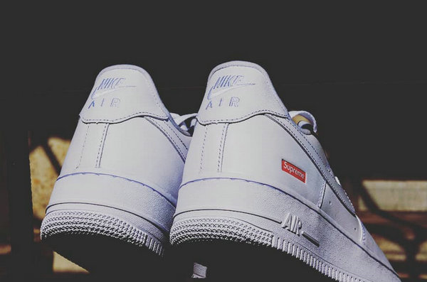 Supreme x Air Force 1 2020 联名鞋款有望 4 月上架