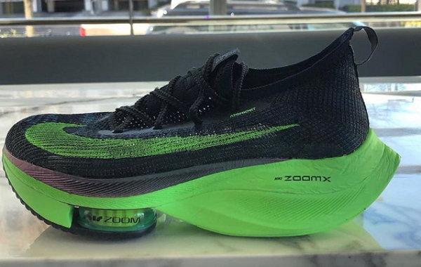 Nike Air Zoom Alphafly NEXT% 跑鞋曝光,更强速度感
