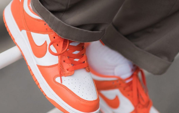 Nike Dunk Low 元年配色鞋款回归,清爽亮眼