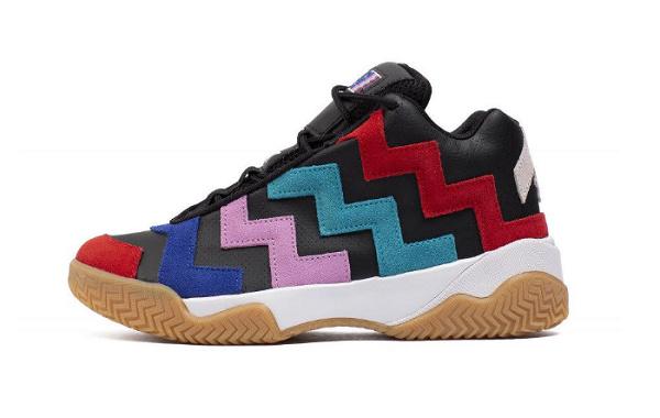 匡威 VLTG Mid 全新配色鞋款发售,外观辨识度高