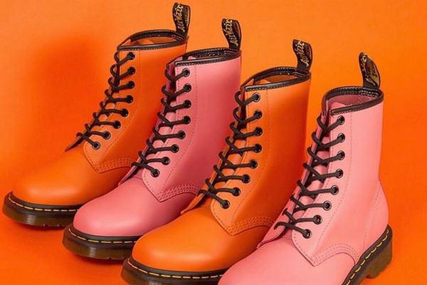 马丁博士经典靴款 1460 全新暖色系配色上架发售