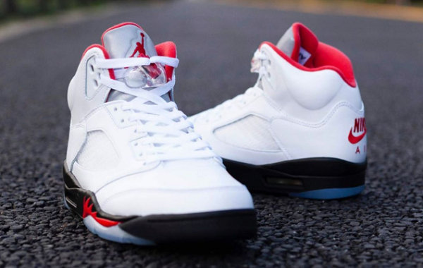 """Air Jordan 5""""火焰红""""配色鞋款发布.jpg"""
